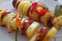 Letní grilování: Farmářský špíz podle Ivany Černé Sushi, Ethnic Recipes, Food, Meal, Essen, Hoods, Meals, Eten
