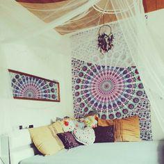 Imagen vía We Heart It #bedroom #boho #bohoroom
