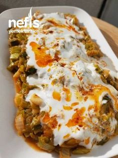 Pırasa Kavurması - Nefis Yemek Tarifleri - - Et Yemekleri - Las recetas más prácticas y fáciles Homemade Hamburger Patties, Homemade Hamburgers, Lunch Recipes, Dinner Recipes, Cooking Recipes, Healthy Recipes, Delicious Recipes, Iftar, Turkish Recipes
