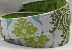 Check out today's featured reversible #camera strap: http://www.phatstraps.com/Camera_Strap_p/woodgrain%20damask-reversible.htm