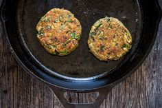 Smoky Black Eyed Pea + Collard Green Veggie Burgers ...