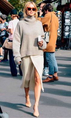 blusão de tricô com saia de fenda