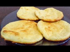 Amazing Cloud bread: a gluten-free bread, without flour and with 3 ingre. Comida Keto, Cloud Bread, Sem Lactose, Pan Bread, Love Is Sweet, Gluten Free Recipes, Food And Drink, Favorite Recipes, Meals