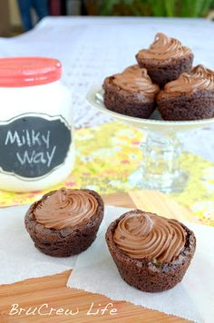 MILKY WAY BROWNIE CUPS!!!!  oh looks good!!!