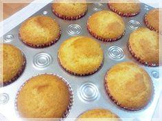 Decake: PASO A PASO CUPCAKES SIN AZUCAR Diabetic Desserts, Sugar Free Desserts, Diabetic Recipes, Cooking Recipes, Healthy Recipes, Sem Lactose, No Sugar Foods, Healthy Sweets, Sweet Treats