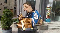 Toronto, Canada Queen's Street Sculpture