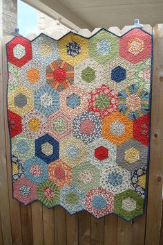 Wee Spin hexagon quilt using Wee Play jelly roll