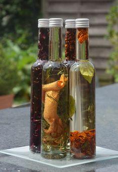 Root Vegetable Gratin, Garlic Oil, Herbal Oil, Infused Oils, Sauces, Chutney, Vinaigrette, Vegetable Recipes, Vinegar