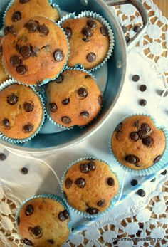 Banana Chocolate Chip Muffins [Vegan] - One Green PlanetOne Green Planet Nut Recipes, Vegan Recipes Easy, Whole Food Recipes, Greek Sweets, Banana Chocolate Chip Muffins, Classic Desserts, Sweet And Spicy, Recipe Of The Day, Easy Desserts