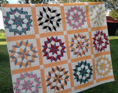Vintage Handmade Quilt, Hand Quilted, Star of Bethlehem Carpenters Wheel,  72 x 82