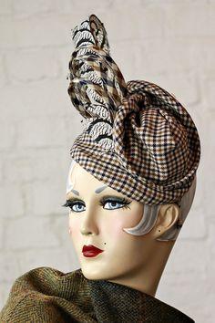 #tweed #harristweed #millinery #tweedhat #harristweedhat #madeinengland #headwear #vintageheadwear #handcraftedheadwear www.saratiara.com