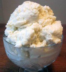Gör enkelt din egen mjölkfria kokosglass utan glassmaskin, så gott! Recept på kokosglass hittar du här. Healthy Dessert Recipes, Raw Food Recipes, Delicious Desserts, Healthy Snacks, Cake Recipes, Something Sweet, Baking Tips, Food Inspiration, Sweet Tooth