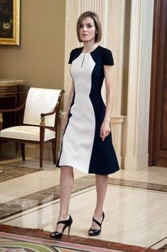 Dressing for business doesn't have to be boring. Queen Letizia of Spain: Being royalty often means adhering to a strict dress code, something to which those who work at formal offices can relate. But dressing for more serious occasions doesn't mean sacrificing style. Queen Letizia looks smart in this color-blocked dress that says #GIRLBOSS as much as it says #StyleMaven.