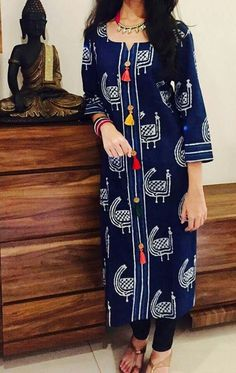 Churidar Designs, Kurta Designs Women, Kurti Neck Designs, Blouse Designs, Indian Attire, Indian Wear, Indian Outfits, Salwar Pattern, Kurta Patterns