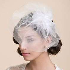 One Tier Blusher Wedding Veil With Feather(More Colors) – GBP £ 6.47