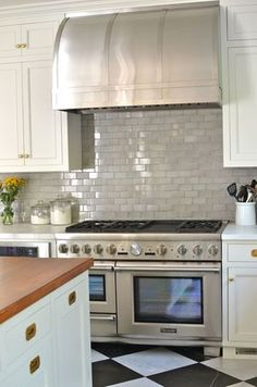 Love the grey subway tile and the range. Kitchen-remodel-thermador-pro-grand (from Hollywood Housewife)