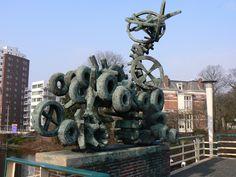 """""""Het Verkeer"""" (1959) - Willem Reijers. Emmabrug, Groningen. The Netherlands."""
