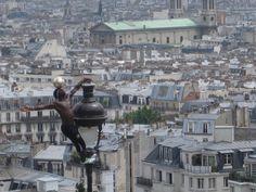bad-ass parisian street performer