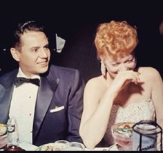 Desi and Lucy. Love this pic! I Love Lucy Show, Vivian Vance, Lucille Ball Desi Arnaz, Lucy And Ricky, Star Pictures, Vintage Hollywood, Famous Faces, Actors & Actresses, Hollywood Actresses