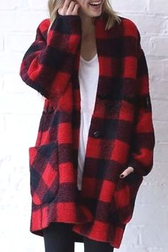 Long Sleeve Plaid Wool Coat with Big Pockets = Super Warm!