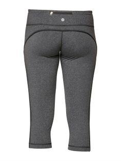 Enhance Capri Pants