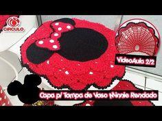 Capa p/ Tampa de Vaso Minnie Rendado em Crochê 1/2 - YouTube Miki Mouse, Mickey Mouse And Friends, Crochet Videos, Crochet Projects, Crochet Hats, Barbie, Halloween, Youtube, Crafts