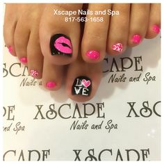 67 ideas pedicure designs valentines toe for 2019 Valentine's Day Nail Designs, Pedicure Designs, Pedicure Nail Art, Simple Nail Art Designs, Toe Nail Designs, Nails Design, Pretty Toe Nails, Cute Toe Nails, My Nails