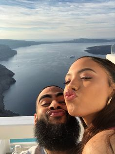 Traveling is a lot better when you're with your girlfriend❤️ couple goals Black Relationship Goals, Couple Goals Relationships, Couple Relationship, Flipagram Couple, Flipagram Video, Black Couples Goals, Cute Couples Goals, Dope Couples, Goofy Couples
