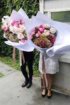 A Pair & A Spare   How to: Floral Art with the Boutierre Girls (and a secret florist's technique)