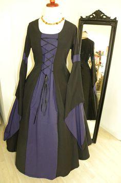 Mittelalterkleid                                                                                                                                                                                 Mehr