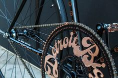 Detroit's Fastest Bike Detroit Bicycle Company has unveiled it's first limited-edition model called Detroit'sFastest Bicycle. There will be a total of five created. This bicycle is a showcase ofexceptional design and craftsmanship, and pays homage to the speed bike genre.The highlights include a 93-tooth front sprocket that is laser cut with fine detail and copper …