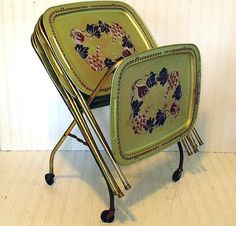 Lovely Vintage Gold Tone Metal Tray Tables Set Of 4 With Caddy   Retro Handpainted  ToleWare Collection   BoHo Bistro Service