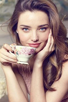 A cup of tea with Miranda Kerr# #7Obsessions
