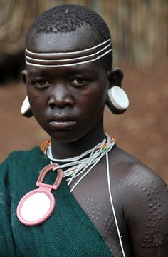 Kachipo tribe, Southern Sudan http://desert-dreamer.tumblr.com/post/11220798530/kachipo-tribe-southern-sudan
