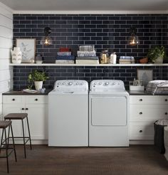 Top Functional And Stylish Laundry Room Design Ideas To Inspire Tips! Garage Laundry Rooms, Laundry Room Remodel, Laundry Room Design, Home Renovation, Washer And Dryer, Washing Machine, Farmhouse Decor, Modern Farmhouse, Room Decor