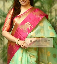 Kanchipuram style kora organza saree with zari weaved round peacock motifs and contrast pink boarder with zari weaved horses and running blouse Pink Saree Silk, Kota Silk Saree, Indian Silk Sarees, Organza Saree, Green Saree, Pattu Saree Blouse Designs, Saree Blouse Patterns, Trendy Sarees, Fancy Sarees
