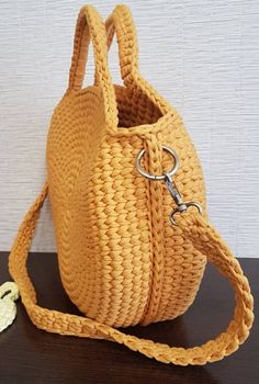 Best 12 Gloria Snail's Nest Rattan Top Handle Bag Tote Bags Handmade, Diy Tote Bag, Crochet Clutch, Crochet Handbags, Crochet Shoulder Bags, Bag Pattern Free, Straw Handbags, Purse Handles, Crochet Round