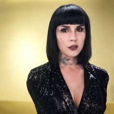 """Kat Von D ( """"I usually never go for a """"healthy/clean"""" look but after did my makeup for our upcoming…"""" - Tap the link now to see all of our cool cat collec Kat Von D, The Kat, Bob, Dull Hair, Brow Pomade, Vegan Makeup, Makeup Geek, Makeup Remover, Makeup Art"""