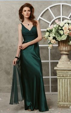 rich christmas green :) v neckline floor length dark green wholesale bride maids dresses online