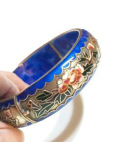 Chinese Bangle, Blue & Gold Bangle, Cloisonne Enamel, Flower Bracelet, Hinge Bracelet, Brass Bracelet, 1940s, Vintage Jewelry