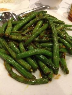 Green Beans in Garlic Sauce....Best green beans ever!! ~omg this is my favorite at Chinese restaurants