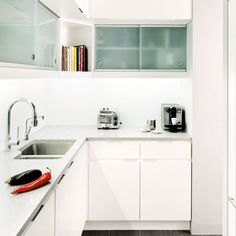 All-white L-shaped kitchen | Small kitchens | Compact kitchen ideas | PHOTO GALLERY | Beautiful Kitchens | Housetohome.co.uk