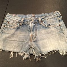 """7 Brand Jean Shorts Perfect condition  length about 9"""" and inseam is about 1"""" Seven7 Shorts Jean Shorts"""