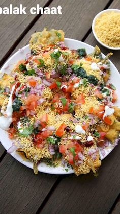palak chaat recipe, palak pakoda chaat, spinach pakora chaat with step by step photo/video. unique way of making chaat recipe with deep fried spinach leaves Puri Recipes, Pakora Recipes, Paratha Recipes, Paneer Recipes, Cutlets Recipes, Spicy Recipes, Vegetarian Recipes, Diet Recipes, Indian Veg Recipes