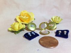 1/2 Scale Makeup Compact with Earrings by SimplySweetMinis on Etsy, $6.00 Barbie Makeup, Kids Bedroom Designs, Mini Makeup, Miniature Dolls, Dollhouse Miniatures, Compact, Scale, Perfume, Stud Earrings