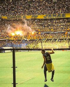 Boca Football via Football Fans, Nostalgia, Soccer, World, Sports, Instagram, Soccer Pics, Buenos Aires Argentina, Football Soccer