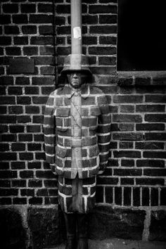 another brick in the wall -liu bolin