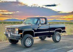 "Z_R_Squarebodys on Instagram: ""Clean Squarebody Chevy Owner: @eighty7_squarebody #squarebody #squarebodynation #squarebodychevy #squarebodyaholics #chevy…"" Gm Trucks, Chevy, Monster Trucks, Vehicles, Instagram, Autos, Car, Vehicle, Tools"