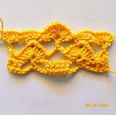 Bit of Color: Zomertop haken met Haakschema Crochet Earrings, Diy Crafts, Vest, Mary, Sweater, Kids, Sweater Cardigan, Children, Jumper