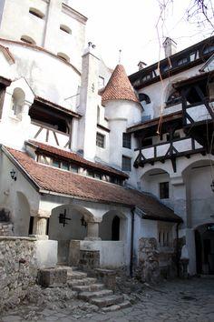"""Bran Castle """"Dracula's Castle"""" Near Brasov, Romania Beautiful Castles, Beautiful Places, Dracula Castle, Brasov Romania, Visit Romania, Romania Travel, Medieval Castle, Ancient Architecture, Old Buildings"""
